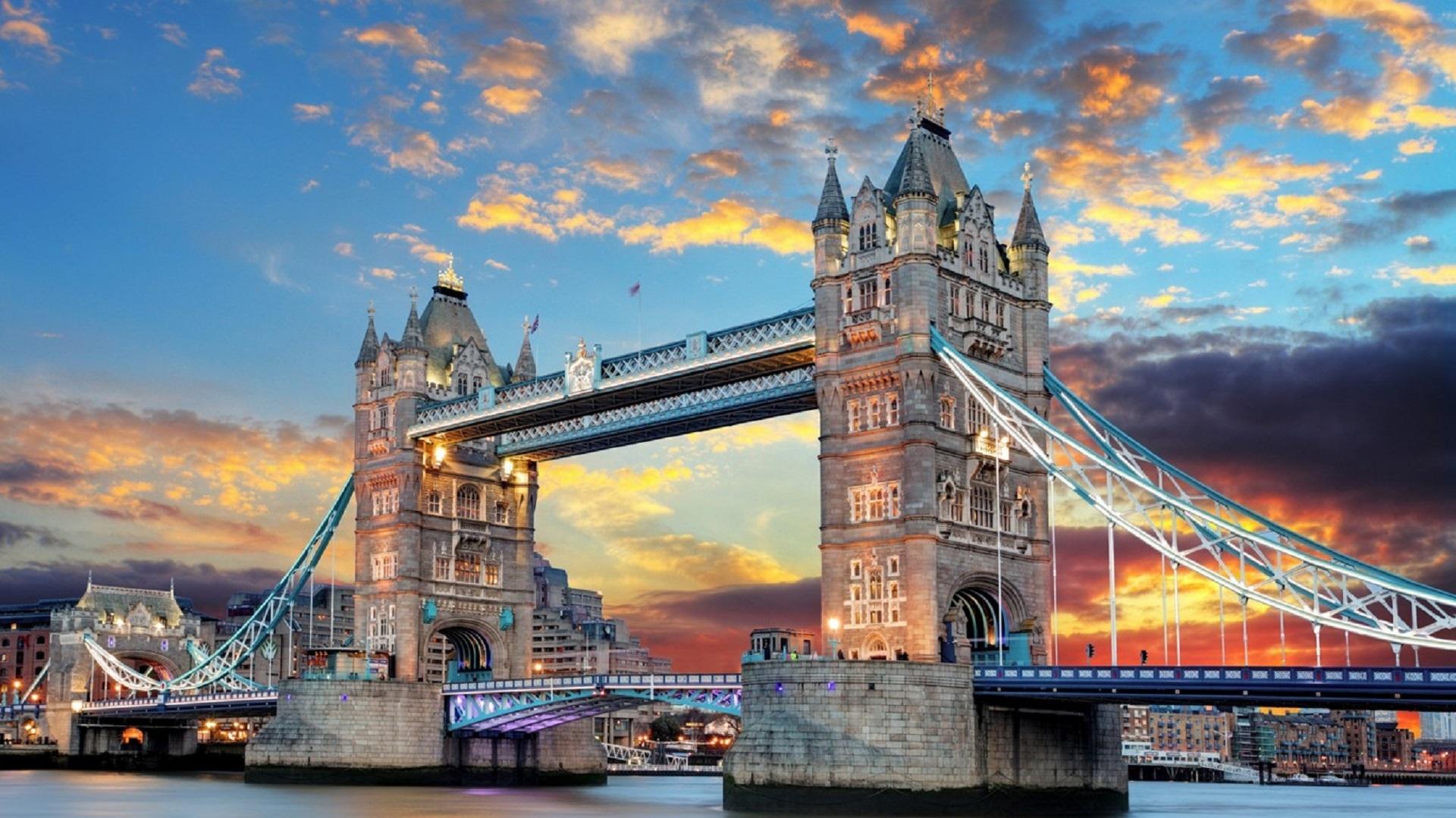 UK tower bridge
