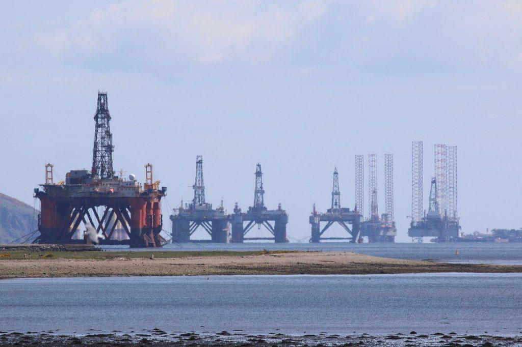 oil rig OPEC
